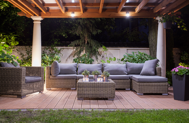 Patio Flooring Buying Guide | Freshome.com